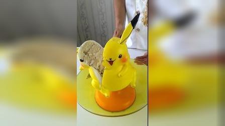 皮卡丘奶油蛋糕,担心这一刀切开会变形……还是不切的时候好看