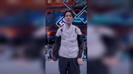 这就是街舞第三季:队长battle-钟汉良大秀locking舞技,惊艳全场