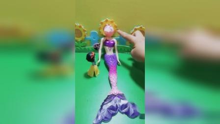 少儿益智玩具:猪妈妈变美人鱼了