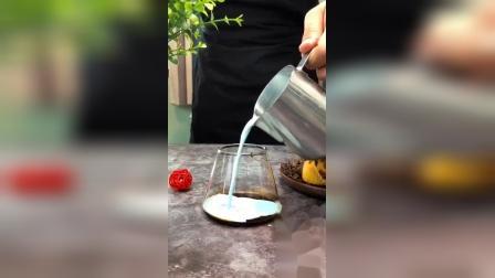 「新式奶盖奥利脆」黑糖蓝莓牛奶牛乳奥利脆饼干