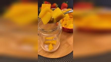 这是什么神仙颜值的水果蛋糕,做法既然这么简单,建议收藏