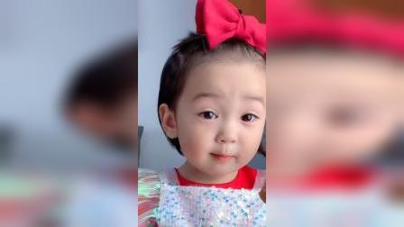 可爱萌娃:别人都说我长得像小赵薇!就是嘚瑟了!