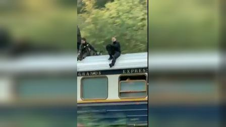 【游民星空】《碟中谍7》拍摄现场:阿汤哥在飞驰的火车上拍摄