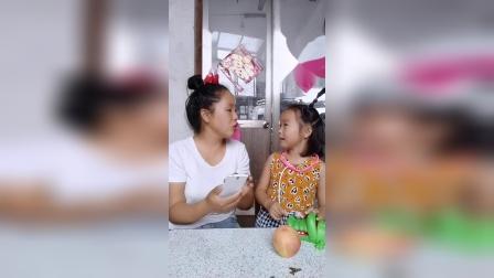 童年趣事:宝宝想妈妈陪他玩