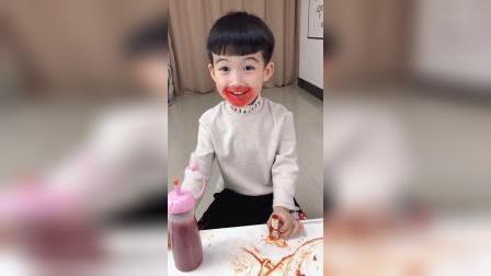 童年趣事:妈妈的口红宝宝弄哪去了