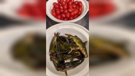 圣女果炖黄骨鱼