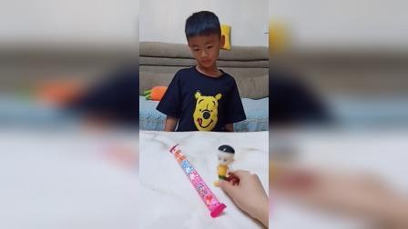 亲子玩具:旺旺碎冰冰,每人都有份!