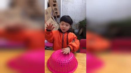 儿童益智玩具:宝贝会变出来一个什么