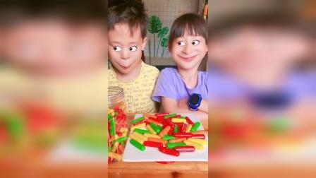 童年趣事:可爱大眼睛