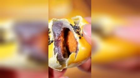 蛋黄酥零食大礼包,必备的小面包
