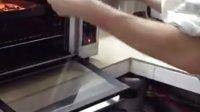 Tom 外教老师教孩子们做葡萄干饼干3