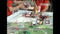 梁开中学学生FLL机器人比赛现场接受电视台采访